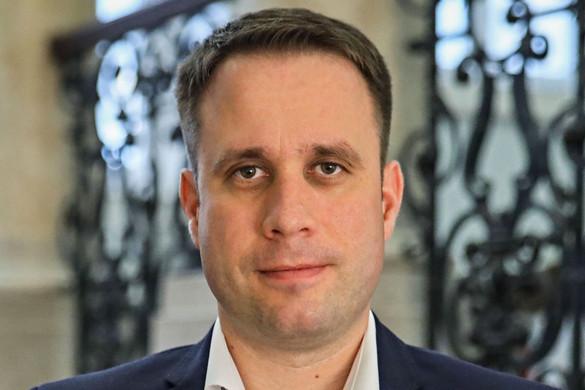 Fidesz: A balliberális értelmiség megpróbálja eltussolni Gothár ügyét