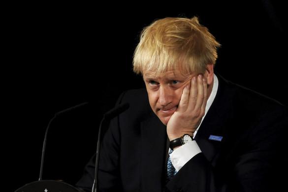 Komoly bajba kerülhet Boris Johnson