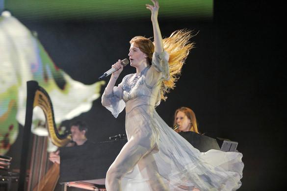 Fotókon a Sziget hétfői koncertjei