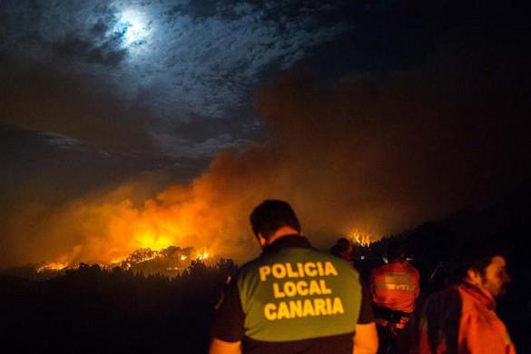 Mintegy négyezer embert kellett kitelepíteni Gran Canarián