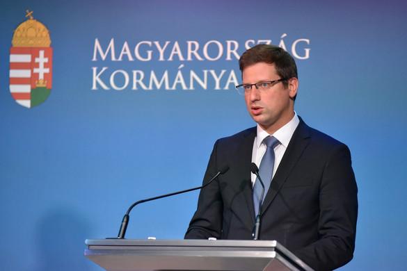 Gulyás Gergely: Ha valaki kerületi polgármesternek alkalmatlan, főpolgármesternek is az