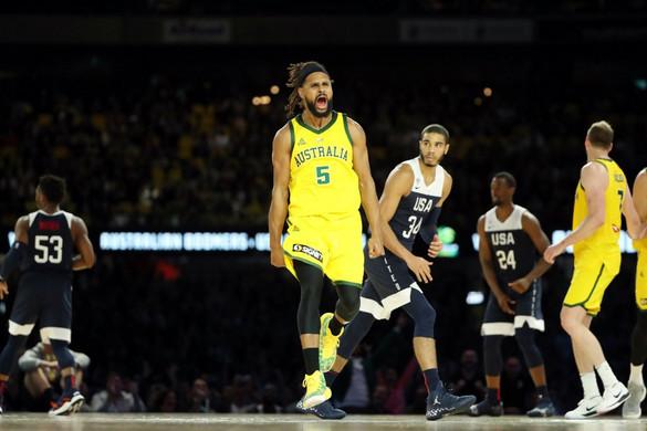 Kosárlabda: Ausztrália elvette az amerikaiak 78 meccs óta tartó veretlenségét