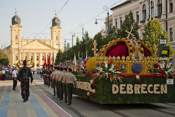 Több mint száz program a Debreceni Virágkarneválon