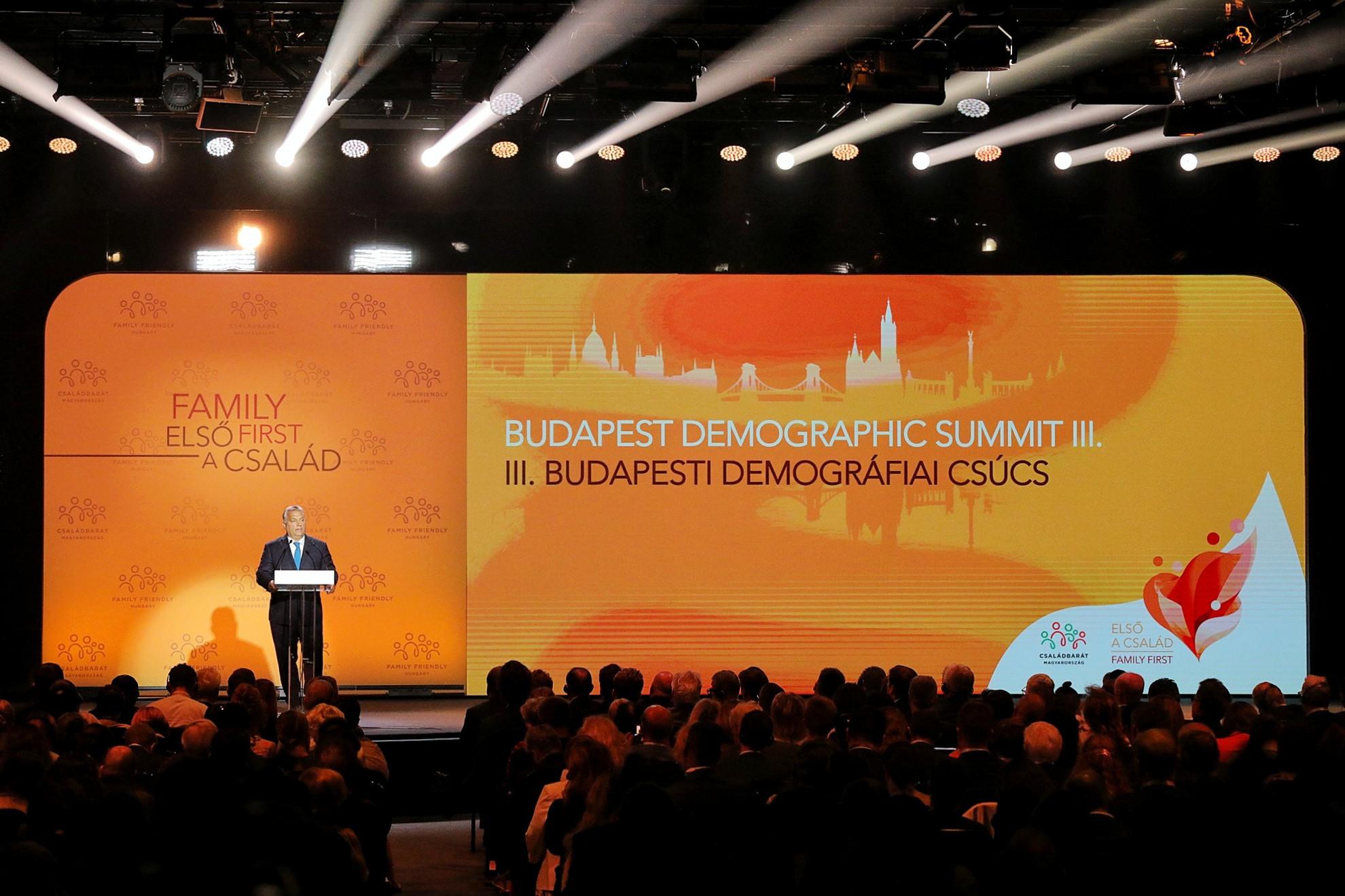 Európai jelenség a népesség csökkenése, szögezte le a miniszterelnök
