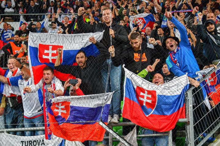 Az UEFA elfogadta a szlovákok fellebbezését, nem lesz zárt kapus meccsük