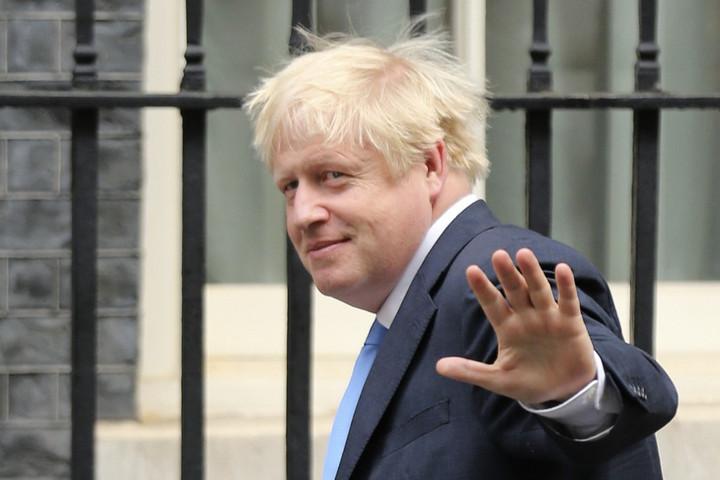 Ismét összeült a brit parlament