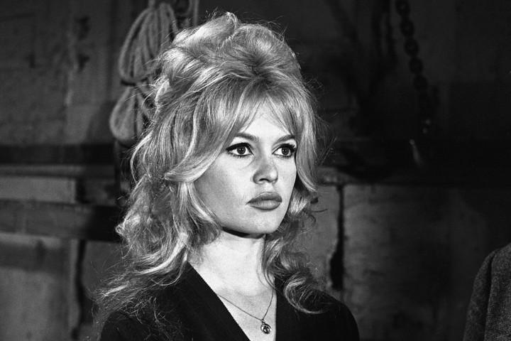 Brigitte Bardot francia színésznő, az európai moziegykori szexszimbóluma nyolcvanöt éves