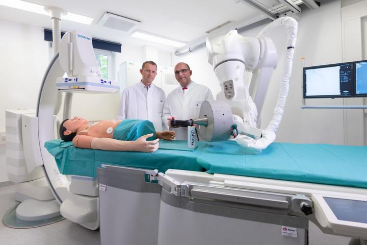 Robot segít a koronavírus-járványban a szükséges vizsgálatok elvégzésében