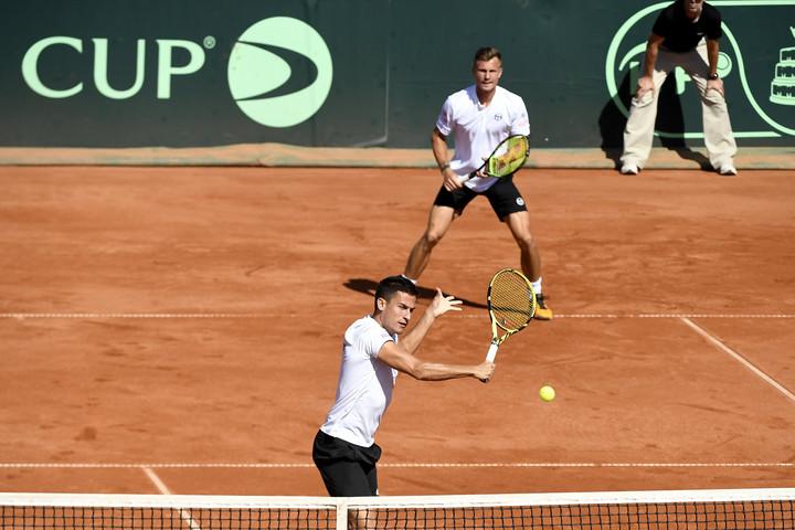 Tenisz: Fucsovicsék nyerték a párost az ukránok elleni osztályozón