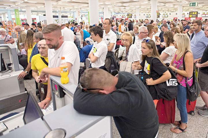 Nem érinti a magyar utasokat a brit utazási iroda csődje