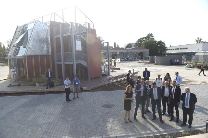 Áder: Az innovációs házépítő verseny ötleteit hasznosítani kell