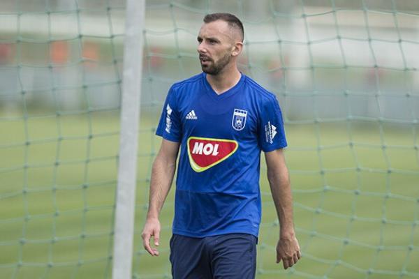 Megműtötték Fiola Attilát, hosszú ideig nem játszhat