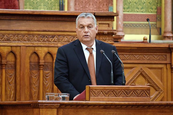 Orbán: Mutassuk meg a világnak, milyen a keresztény szabadságra épített élet!