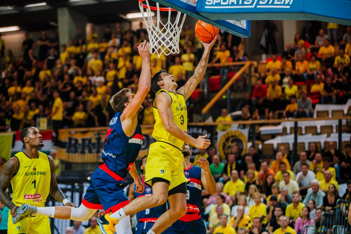 Kosárlabda: Legyőzte román ellenfelét a Falco a BL-selejtezőben