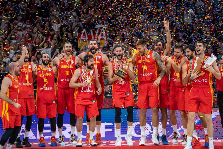 Kosárlabda: Rubio az argentinokat is megszórta, Spanyolország világbajnok