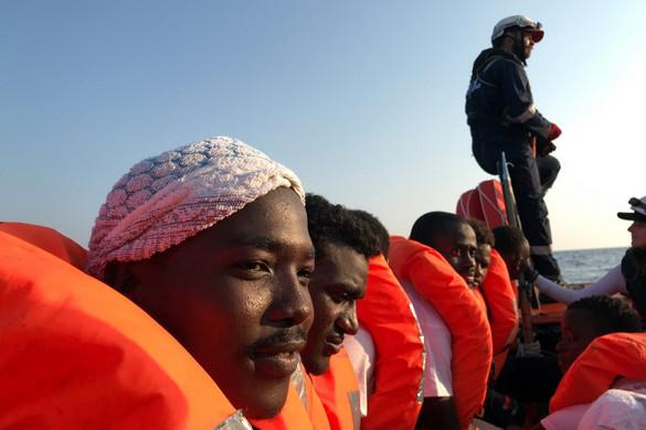 Felpörgetné a migrációt a baloldali olasz kormány