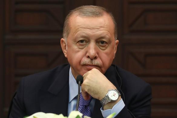 Erdogan Ankara támogatására kérte a türk nyelvű országokat