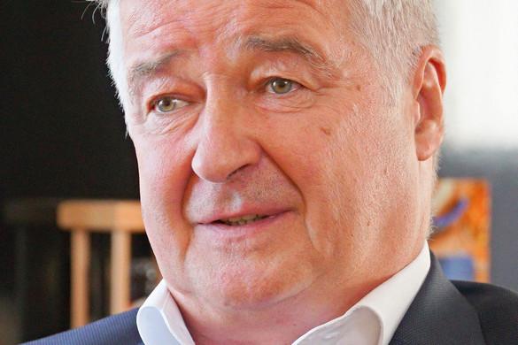 Az egészségügyi ellátást fejlesztené a Fidesz-KDNP által támogatott szegedi polgármesterjelölt