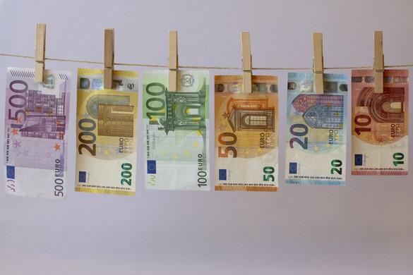 Hatékony magyar lépések a terrorizmus finanszírozása és a pénzmosás ellen