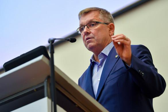 Matolcsy: Hiba volt bevezetni az eurót