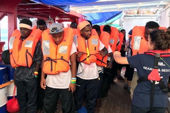 Berlin csak átmenetileg fogadja az Olaszországba érkező menedékkérők negyedét