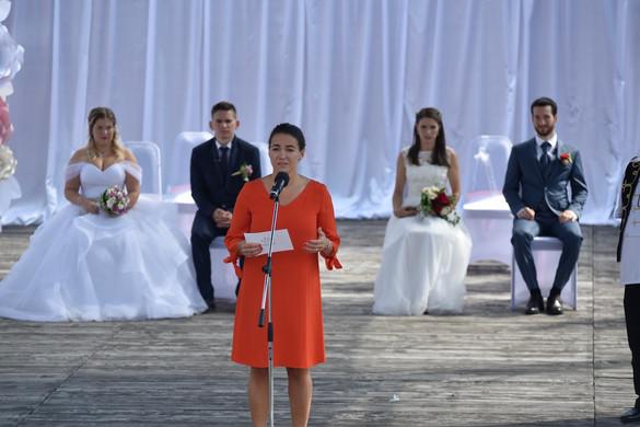 Novák Katalin: Reneszánszát éli a házasságkötés Magyarországon