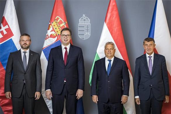 Orbán Viktor fogadta a szerb államfőt, valamint a cseh és a szlovák kormányfőt