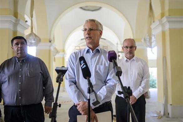 Soltész: Az egyházak megérdemlik és meg is kapják a támogatást