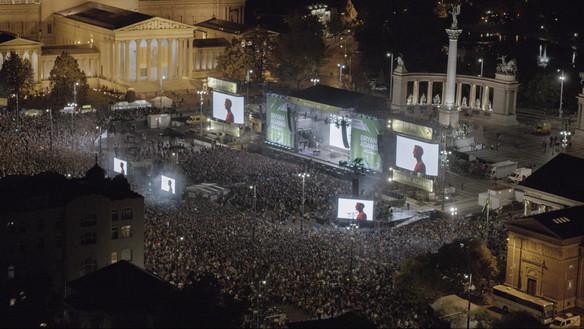 Az elmúlt évek legnagyobb hazai koncertjén több mint hetvenezer ember ünnepelt