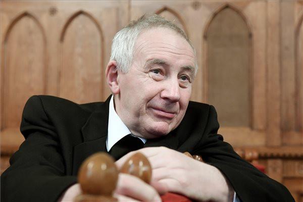 Rokay Zoltán professzor, a Fraknói Vilmos-díj egyik kitüntetettje