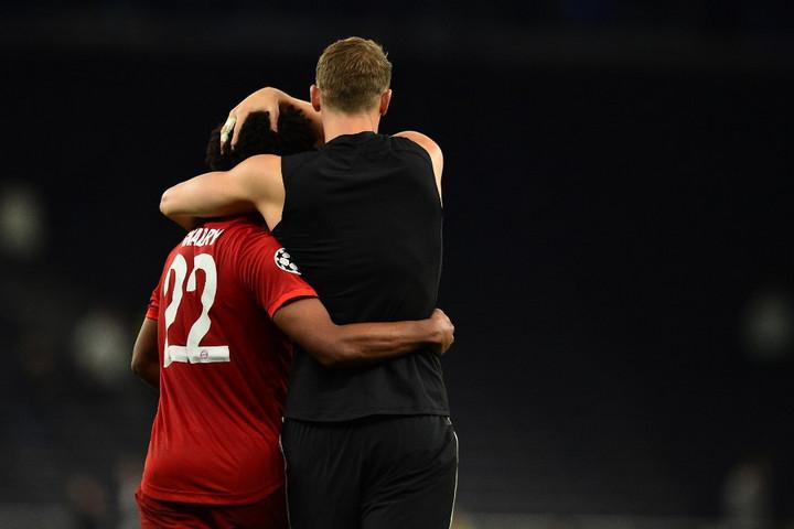Niko Kovac Gnabry mellett Neuert is külön dicsérte