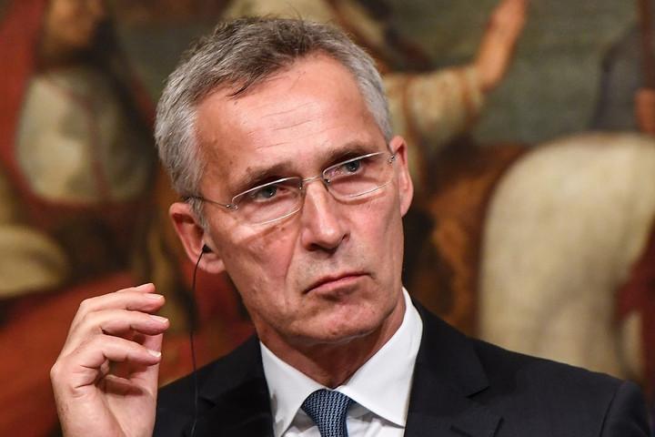 Stoltenberg: Emlékeztetőül szolgálnak a berlini fal maradványai
