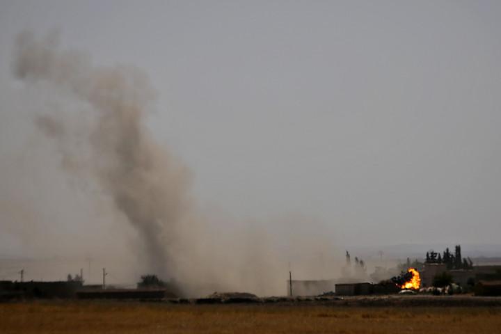 Több mint százezren menekültek el az északkelet-szíriai összecsapások miatt