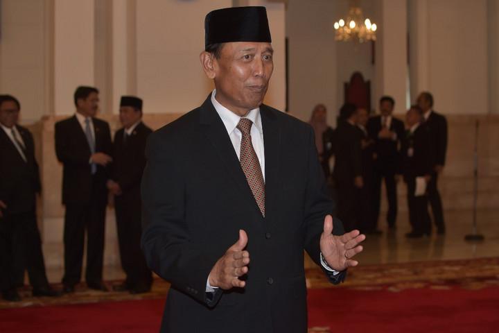 Megkéselték az indonéziai igazságügyi és belbiztonsági minisztert