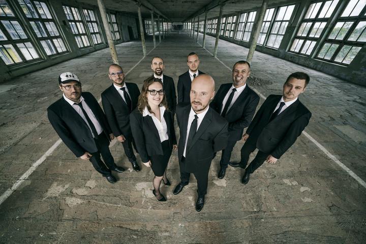 Visszatér Magyarországra a Very Cool People