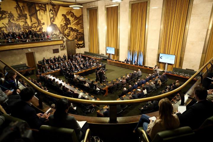 Először ülésezett Genfben a szíriai alkotmányozó bizottság