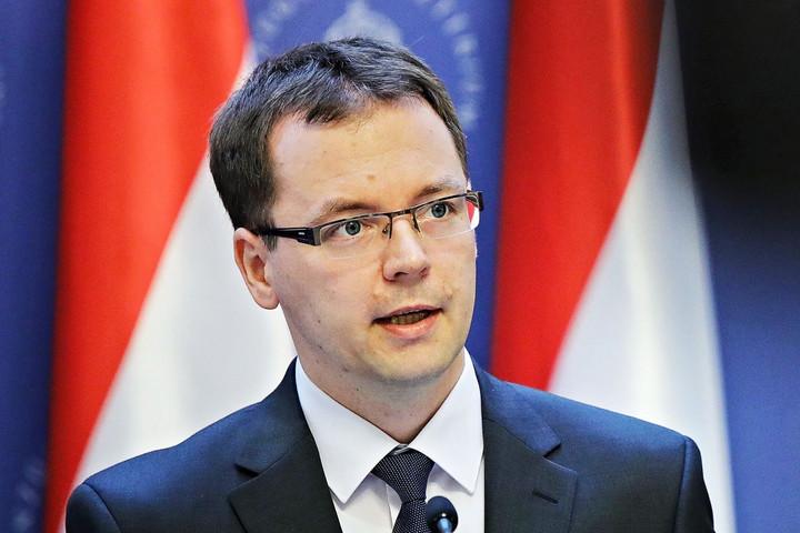 Magyarország az EU második legnagyobb adócsökkentője