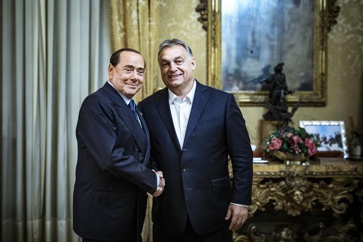 Orbán: A Fidesz továbbra is szorosan együttműködik Berlusconi pártjával