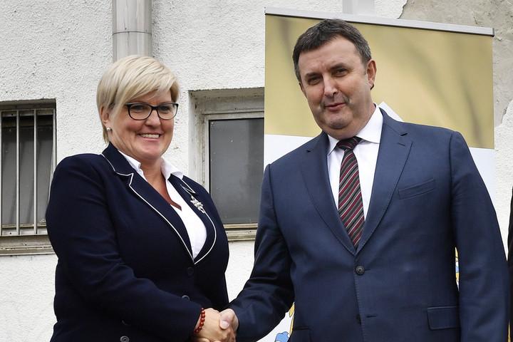 Palkovics: 15,5 milliárd forintból újul meg a bicskei vasútállomás