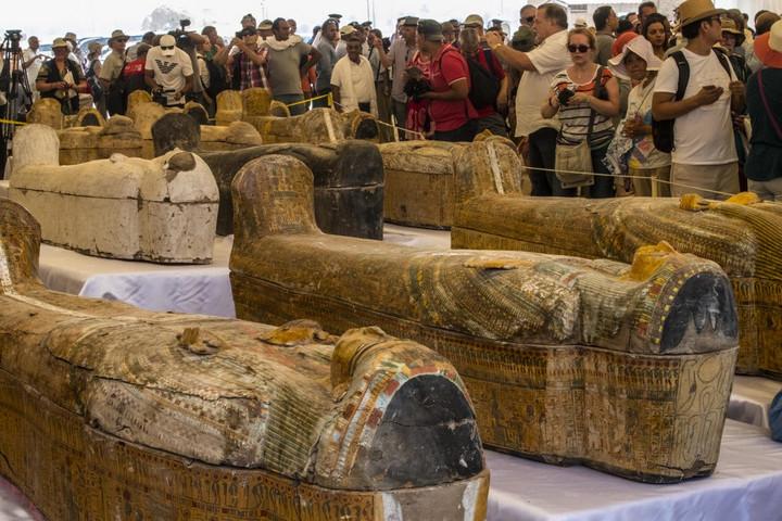Harminc darab 3000 éves szarkofágra bukkantak Luxorban