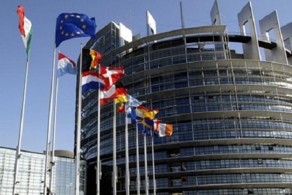 A bevándorláspárti többségű Európai Parlament hozta a formáját: Magyarország ellen szavazott