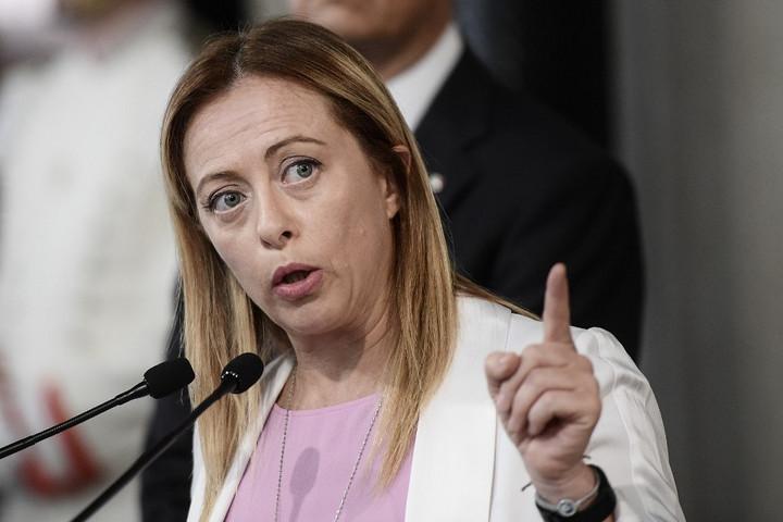 Európai jobbközép pártcsalád elnökének választották meg Giorgia Melonit