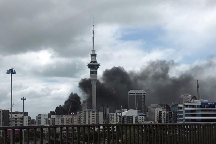 Hatalmas tűz keletkezett egy új-zélandi konferenciaközpontban