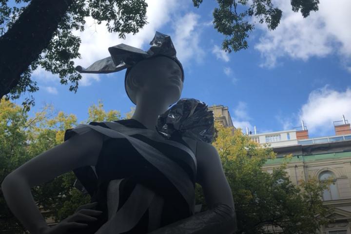 Csodás szobrok lepték el az Andrássy utat