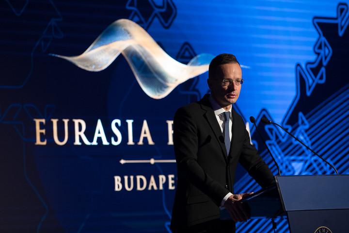 Szijjártó: Magyarország megvétózta a NATO közös nyilatkozatát