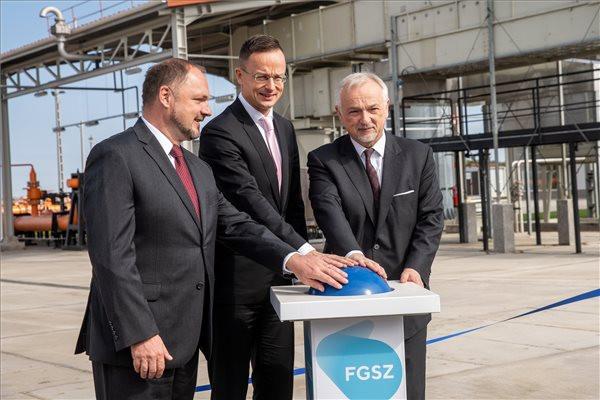 Szijjártó: Tovább javul Magyarország gázellátása