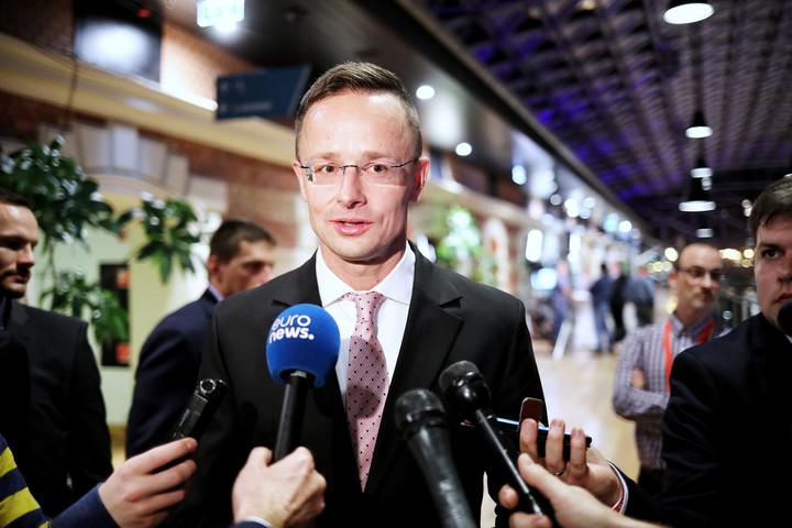 """""""Magyarország szempontjából kulcsfontosságú a lengyel Jog és Igazságosság választási győzelme"""""""