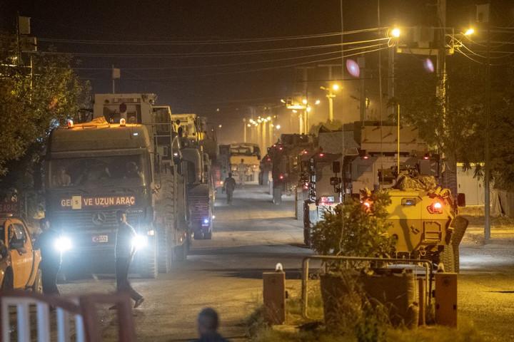 A török hadsereg megkezdte a behatolást Északkelet-Szíriába