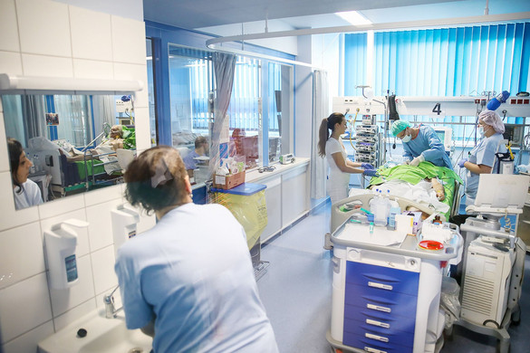 Hatvan százalékkal csökkent a műtétre várók száma