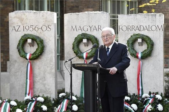 Boross Péter: 1956 a magyar megmaradás titka